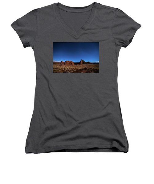 Arizona Landscape At Night Women's V-Neck T-Shirt