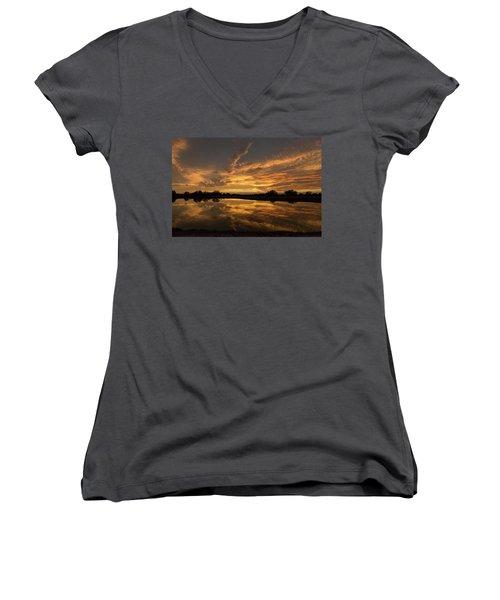 Arizona Sunset Women's V-Neck T-Shirt (Junior Cut) by Martina Thompson