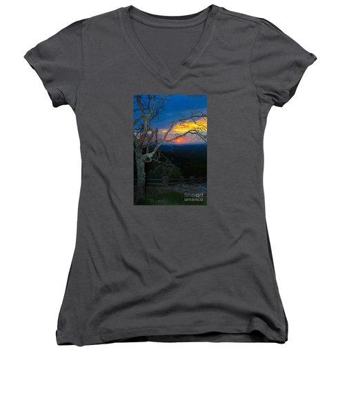 Arkansas Sunset II Women's V-Neck T-Shirt (Junior Cut) by John Roberts