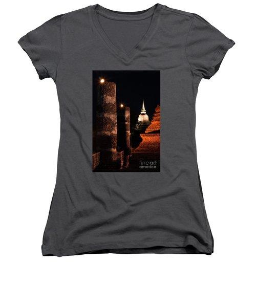 Art Of Chedi Women's V-Neck T-Shirt