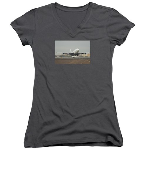 Atlas Air Boeing 747-45e-sf N473mc Phoenix Sky Harbor December 24 2015 Women's V-Neck (Athletic Fit)