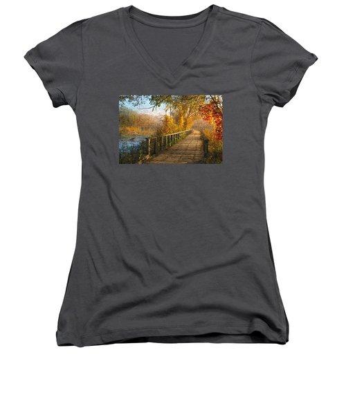 Atumn Emerging - Oil Paint Effect Women's V-Neck T-Shirt