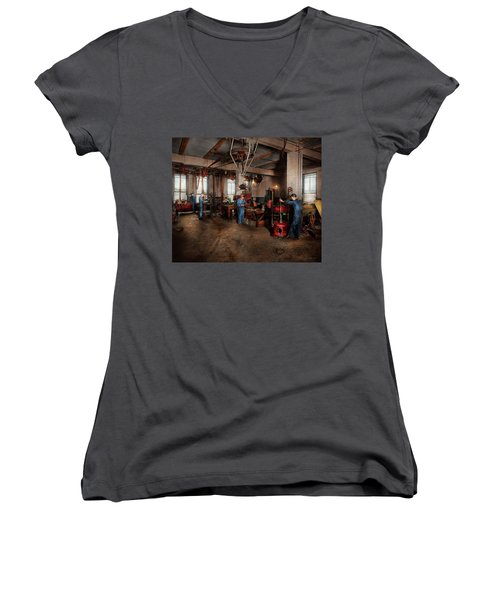Women's V-Neck T-Shirt featuring the photograph Autobody - The Bodyshop 1916 by Mike Savad