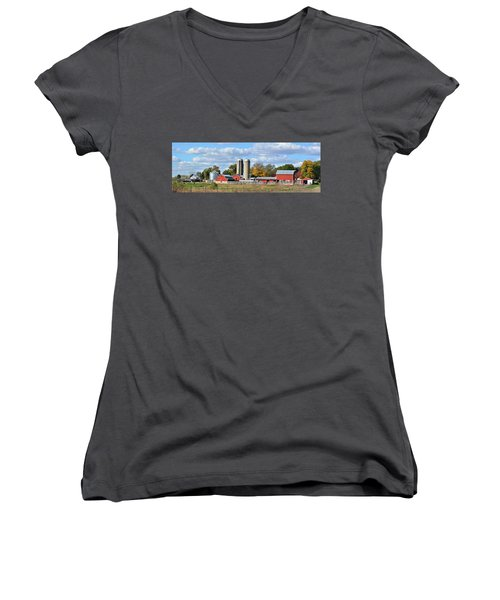 Autumn Elk Farm Women's V-Neck T-Shirt