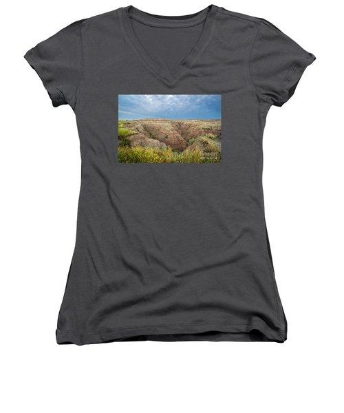Badland Ravine Women's V-Neck T-Shirt