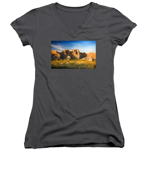 Women's V-Neck T-Shirt featuring the photograph Badlands In Late Afternoon by Rikk Flohr