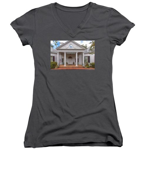 Banksia Mansion - Aiken, Sc Women's V-Neck T-Shirt (Junior Cut)
