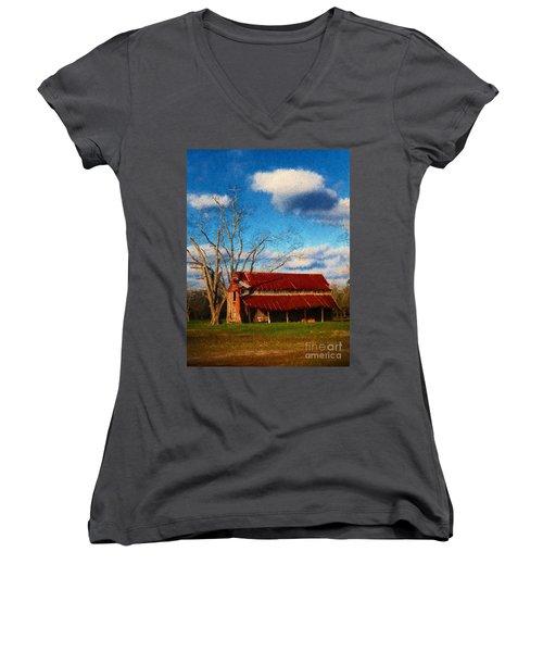 Red Roof Barn 2 Women's V-Neck