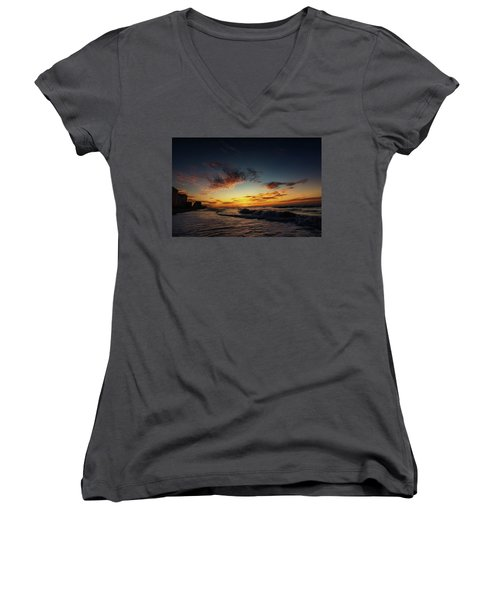 Beach Sunrise Women's V-Neck T-Shirt