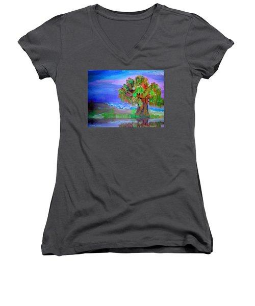 Beach Tree Women's V-Neck