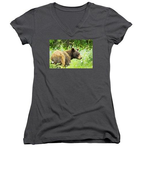 Bear In Flowers Women's V-Neck T-Shirt