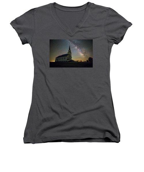 Women's V-Neck T-Shirt featuring the photograph Belleview by Aaron J Groen
