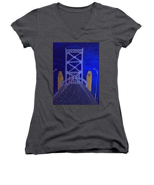 Ben Franklin Bridge Women's V-Neck T-Shirt