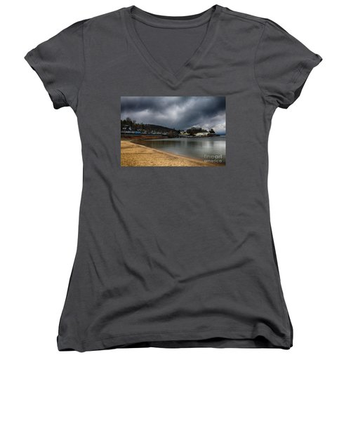 Between Raindrops Women's V-Neck T-Shirt