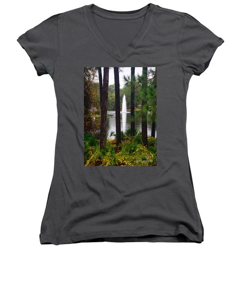 Women's V-Neck T-Shirt (Junior Cut) featuring the photograph Between The Fountain by Lori Mellen-Pagliaro