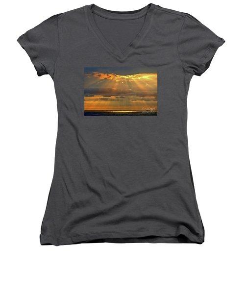 Women's V-Neck T-Shirt (Junior Cut) featuring the photograph Big Island Rays by DJ Florek