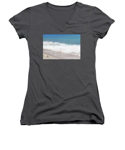 Bimini Wave Sequence 5 Women's V-Neck (Athletic Fit)