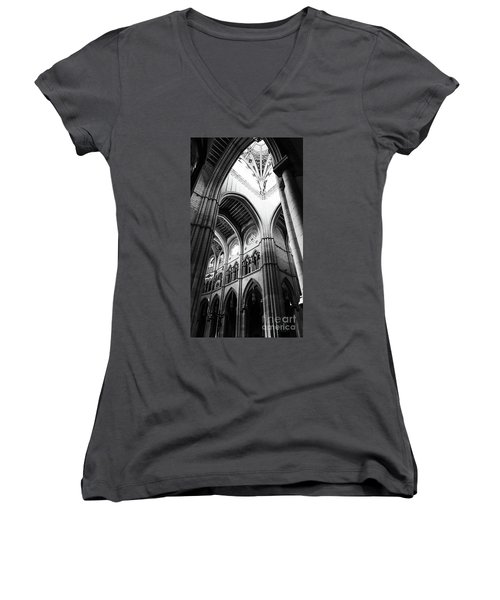 Black And White Almudena Cathedral Interior In Madrid Women's V-Neck T-Shirt