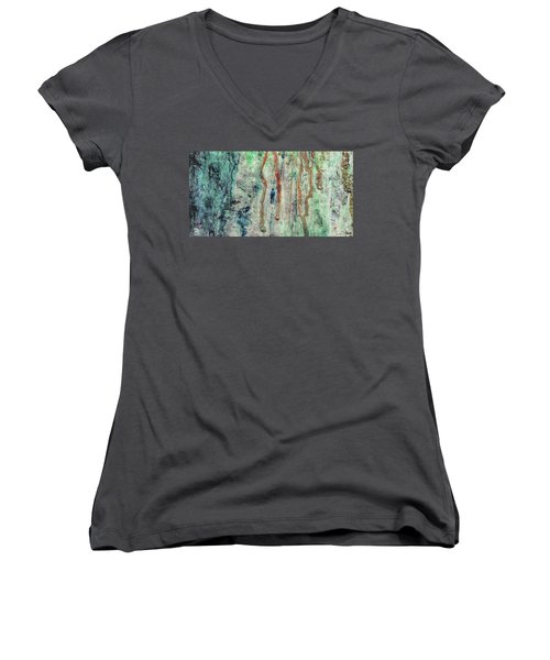 Standing In The Rain - Large Abstract Urban Style Painting Women's V-Neck T-Shirt