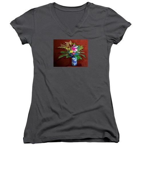 Bouquet Magnifique Women's V-Neck T-Shirt (Junior Cut) by Ric Darrell