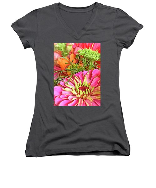 Bouquet Parfait Women's V-Neck