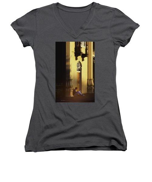 Brighton England Artist Drawing Women's V-Neck T-Shirt (Junior Cut) by Glenn Gemmell