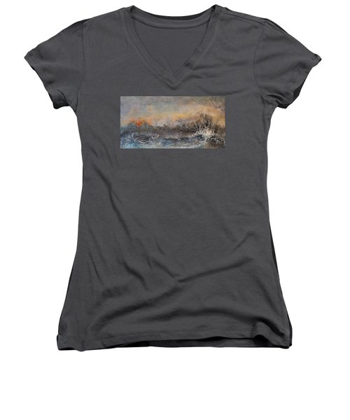 Broken Women's V-Neck T-Shirt