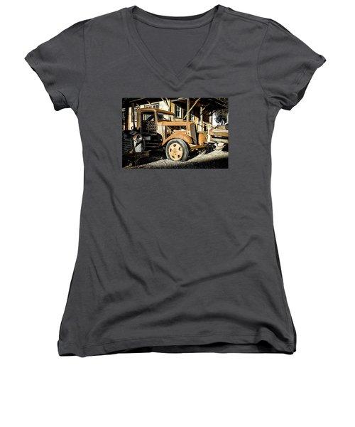 Vintage 1935 Chevrolet Women's V-Neck T-Shirt