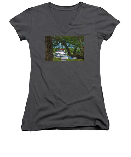 Calabash Deep Sea Fishing Boat Women's V-Neck T-Shirt (Junior Cut) by Sandi OReilly
