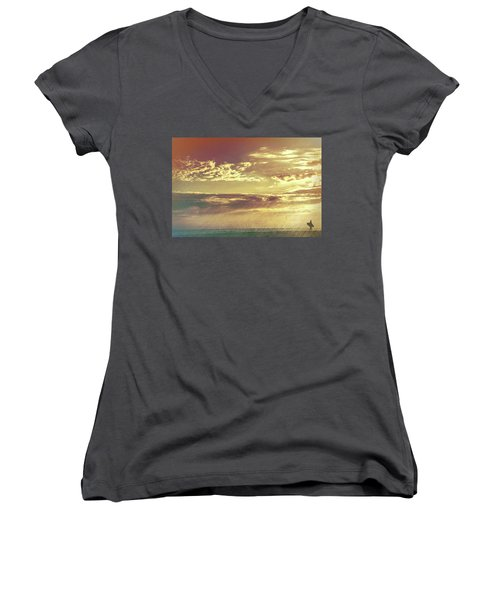 California Sunset Surfer Women's V-Neck T-Shirt