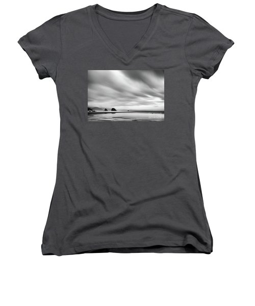 Cannon Beach Long Exposure Sunrise In Black And White Women's V-Neck