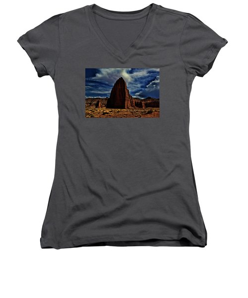 Capitol Reef Women's V-Neck (Athletic Fit)