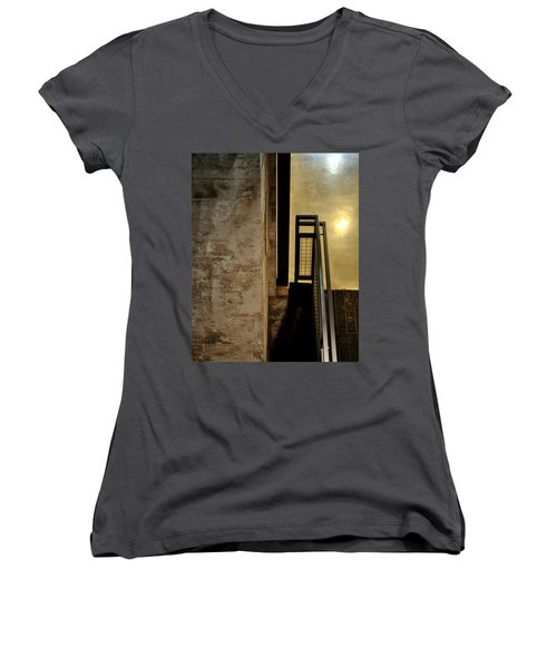 Carlton 11 Women's V-Neck