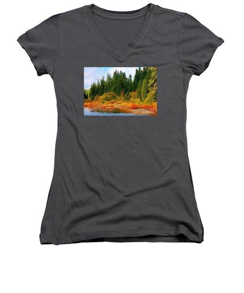 Cascade Autumn Women's V-Neck (Athletic Fit)