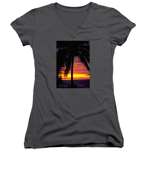 Champagne Sunset Women's V-Neck T-Shirt