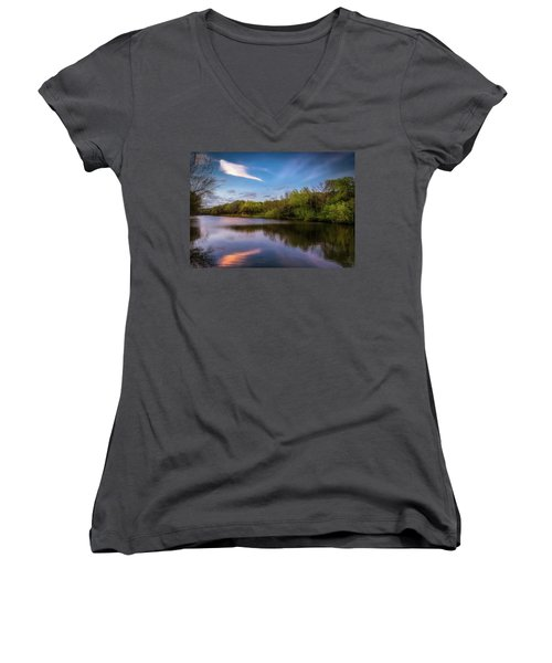 Chandler Lagoon Women's V-Neck