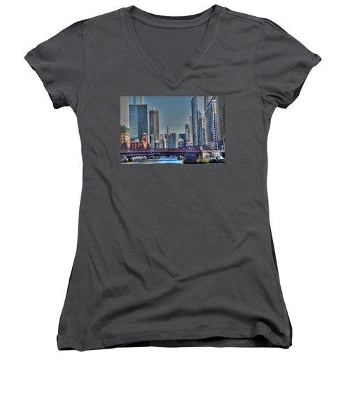 Chicago River East Women's V-Neck T-Shirt