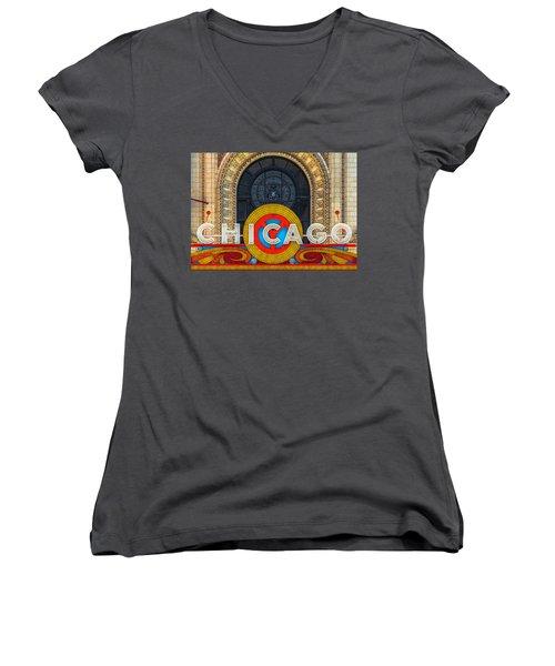 Chicago Theatre Sign Dsc2176 Women's V-Neck T-Shirt (Junior Cut) by Raymond Kunst