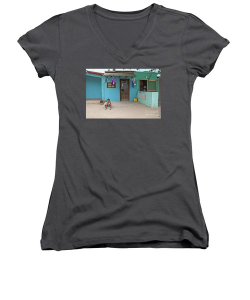 Child And House Women's V-Neck T-Shirt
