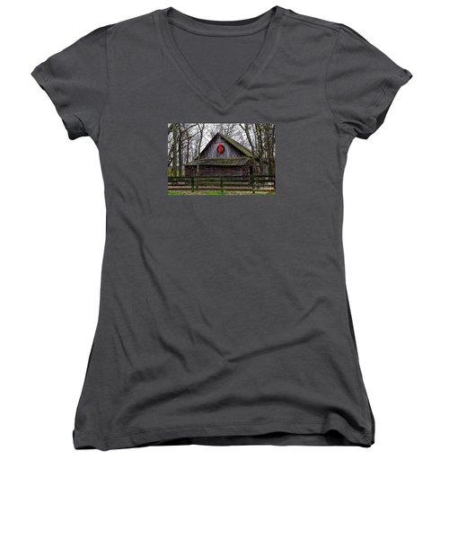 Christmas Barn Women's V-Neck T-Shirt