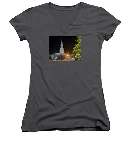 Christmas In Market Square Women's V-Neck T-Shirt