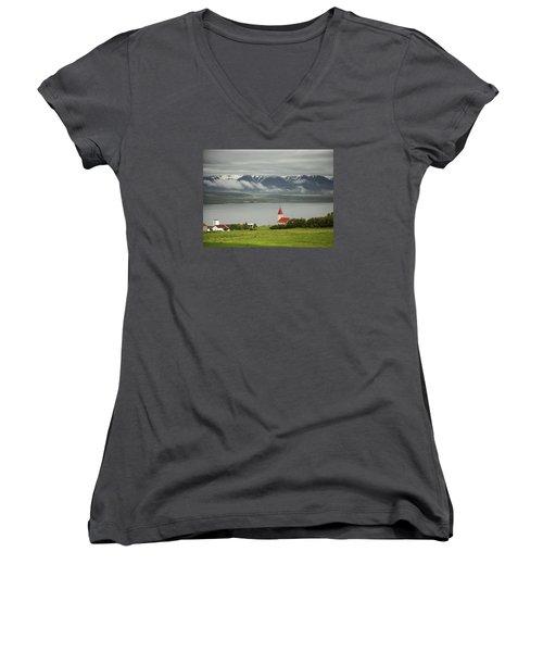 Church In Akureyri Women's V-Neck T-Shirt (Junior Cut)
