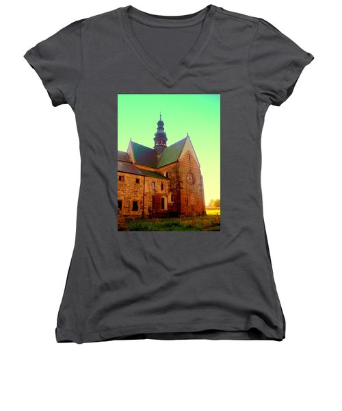 Church Of The Blessed Virgin Mary And St. Florian In The Wachock Women's V-Neck T-Shirt