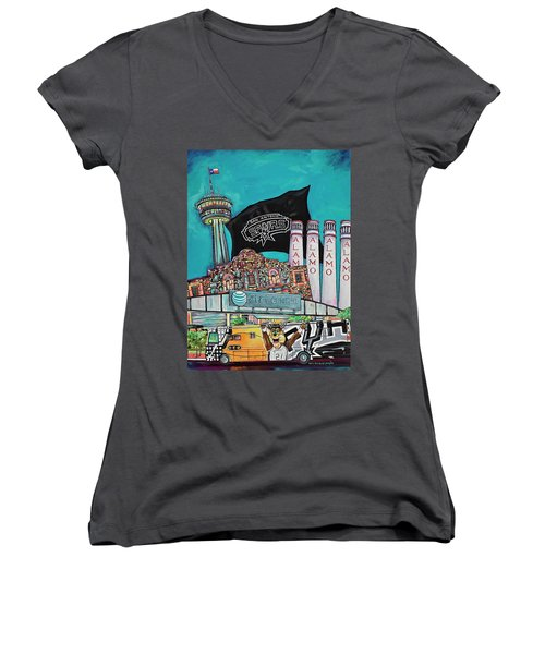 City Spirit Women's V-Neck