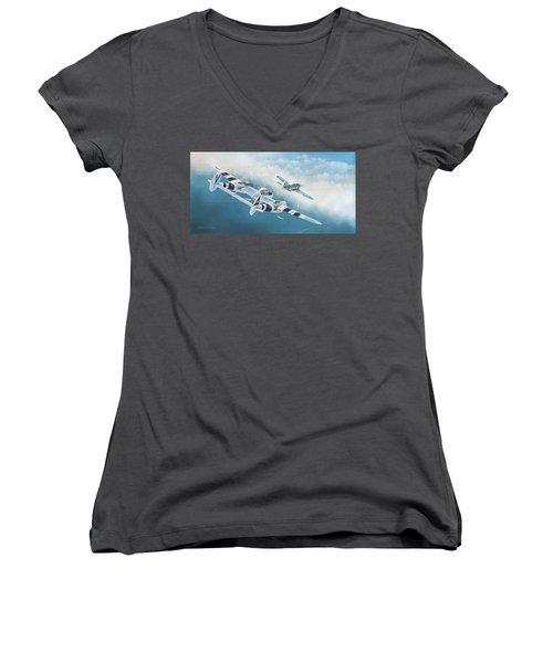 Close Encounter With A Focke-wulf Women's V-Neck T-Shirt (Junior Cut) by Douglas Castleman