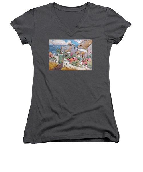 Coastal Cottages Women's V-Neck T-Shirt