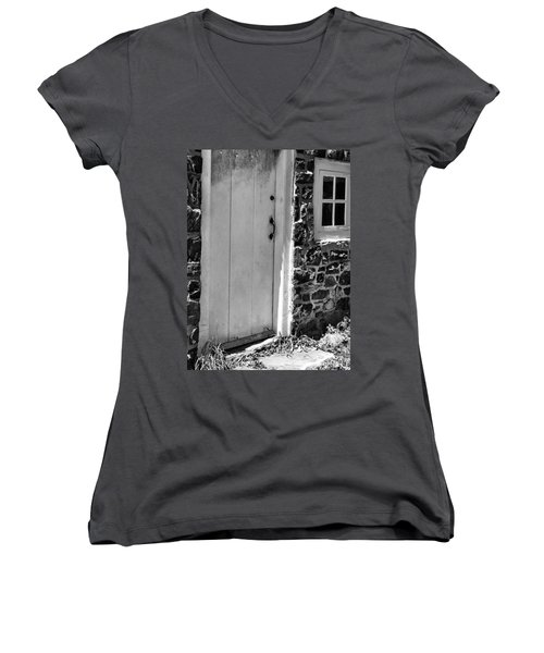 Colonial Entry Women's V-Neck T-Shirt