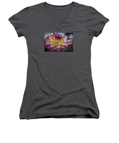 Color Starburst Women's V-Neck T-Shirt