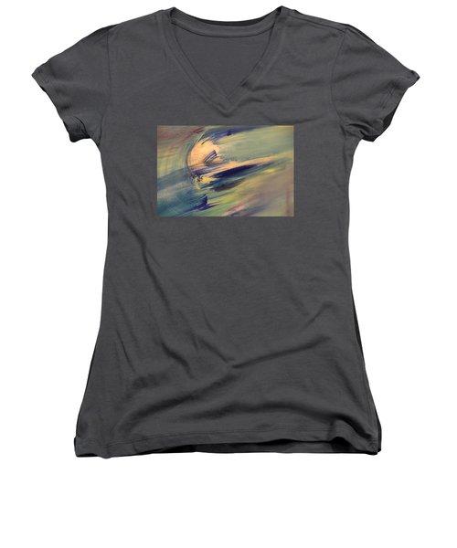 Color Washing Women's V-Neck T-Shirt