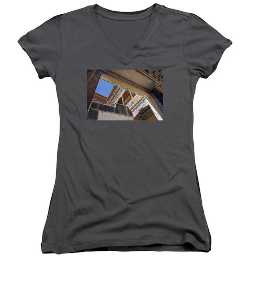 Composition 1, Thiksey, 2005 Women's V-Neck